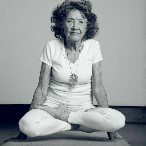 ileri_yaş_yogasi